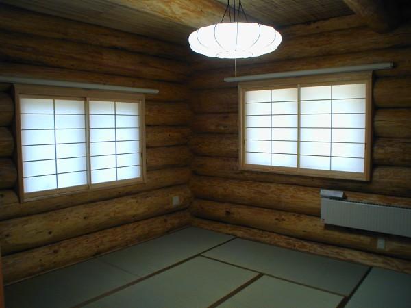 和室と畳もログと調和します。